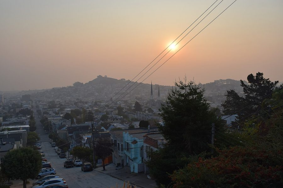 A+Smoky+sunrise+over+Bernal+Heights+on+Saturday%2C+November+10.+Taken+from+Noe+Valley.